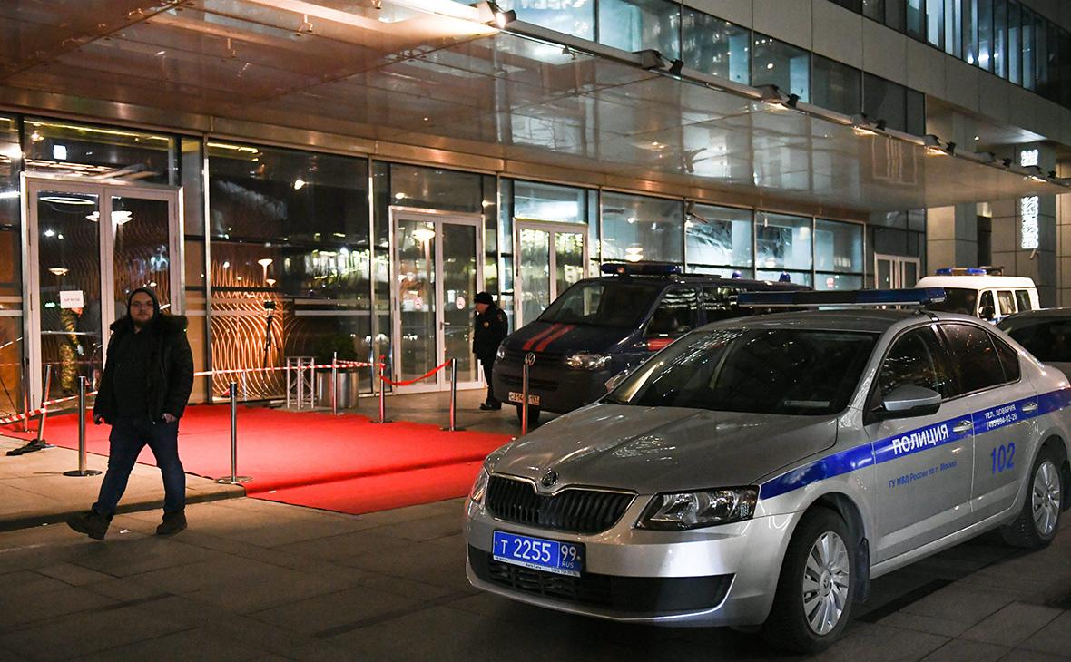 Вход в башню «Око» комплекса«Москва-Сити», где в ночь на 18 ноября произошла перестрелка