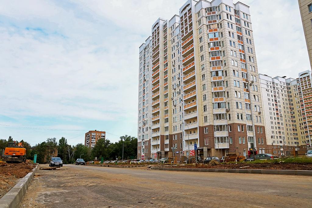 Строительство новой дороги в районе Марфино, соединяющей улицы Академика Королева и Большую Марфинскую. 2012 год