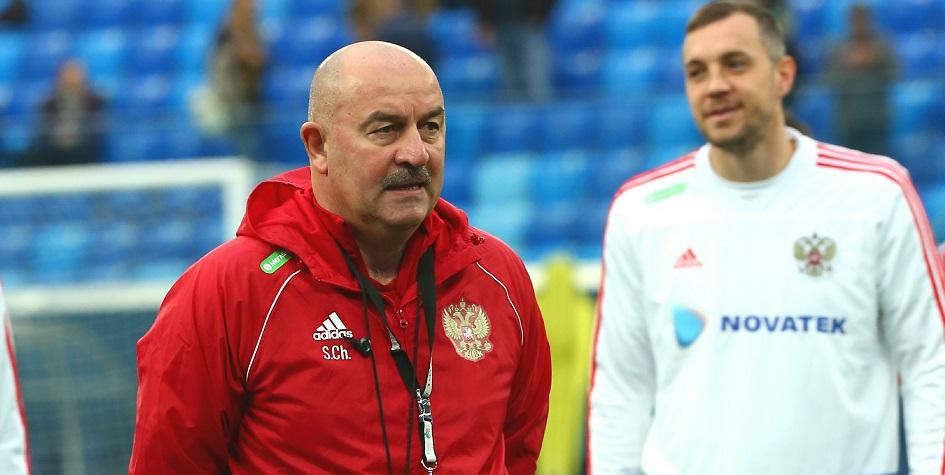 Станислав Черчесов (слева) и Артем Дзюба (справа)