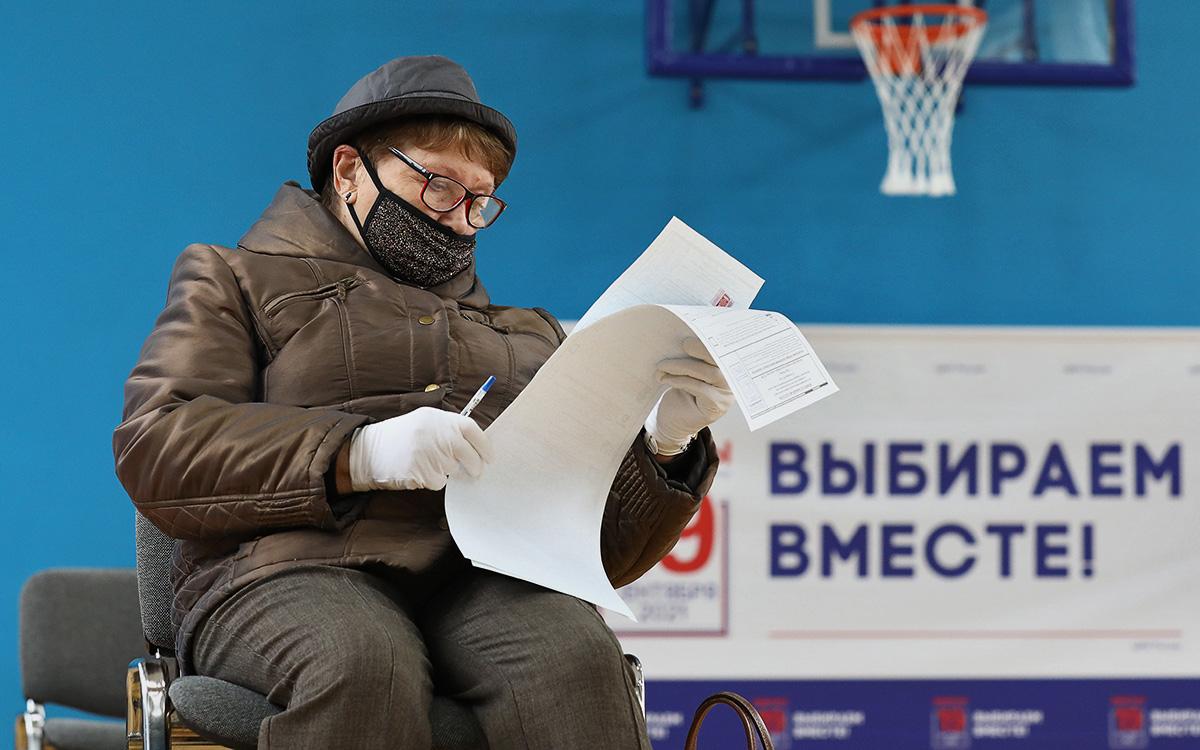 Избирательный участок № 142 во Дворце пионеров в Москве