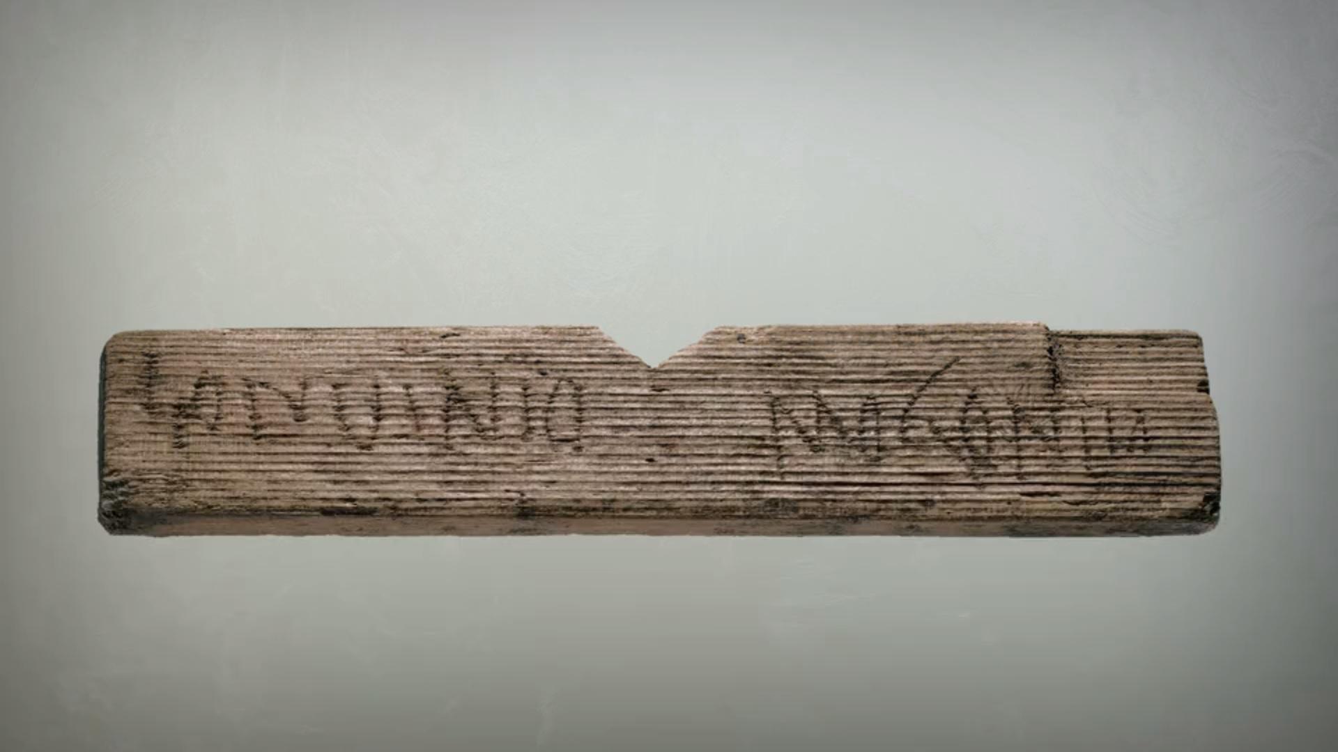 При раскопках найдено более 15 тыс. артефактов, в том числе 400 табличек для письма, одна из которых содержит самое первое письменное упоминание Лондона