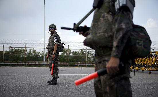 Южнокорейские солдаты на границе