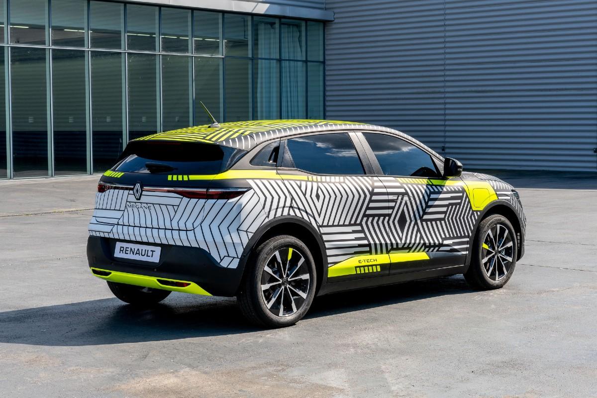 <p>Renault MeganE</p>