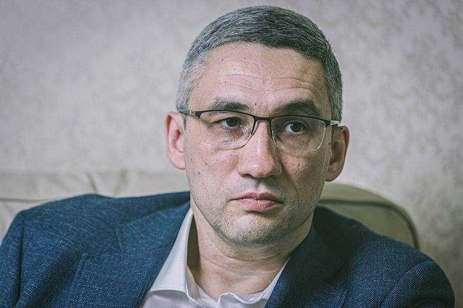 Руслан Максудов