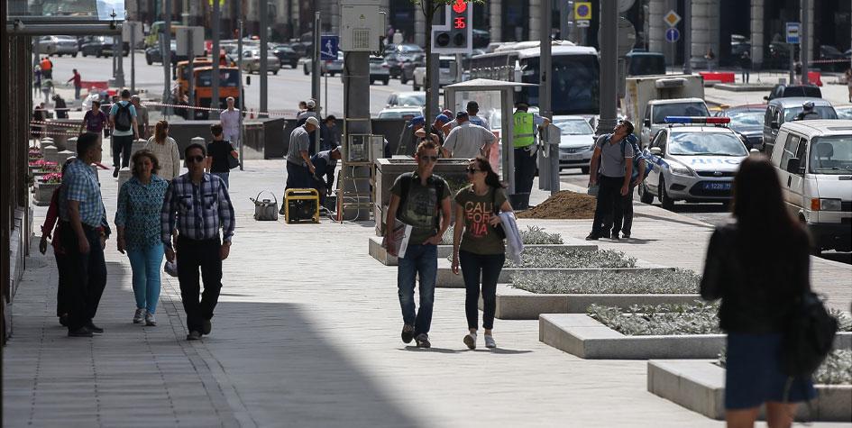 Благоустройство тротуаров в ходе работ по программе «Моя улица» в Москве