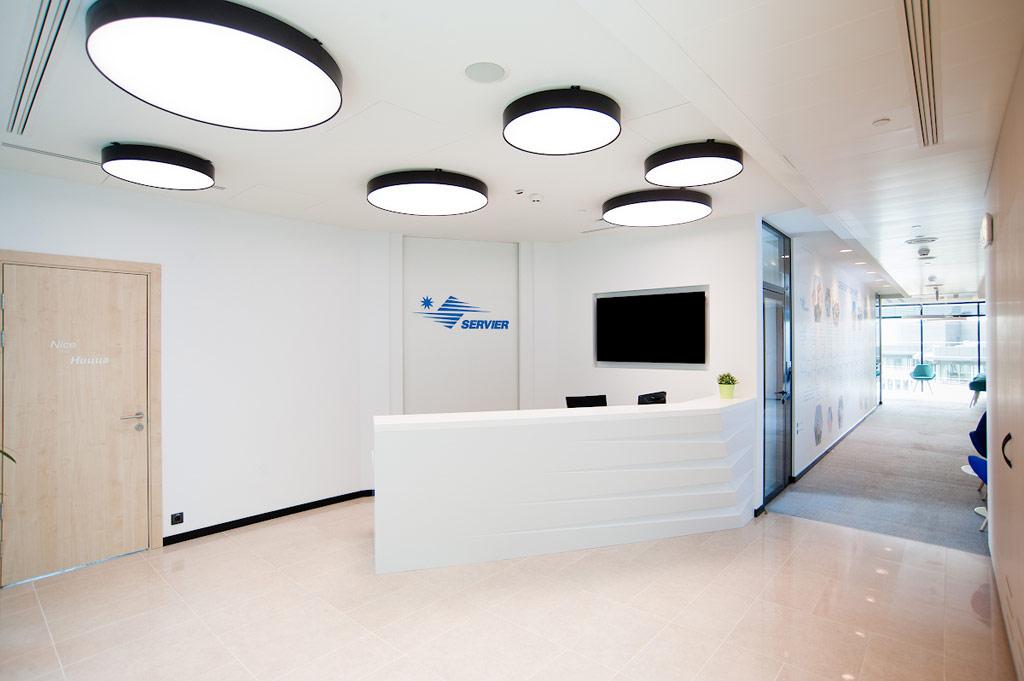 При переезде вновый офис стояла задача создать среду, которая способствовалабы нетолькомаксимально эффективному рабочему процессу, нои дополнительно мотивировала сотрудников наразвитие