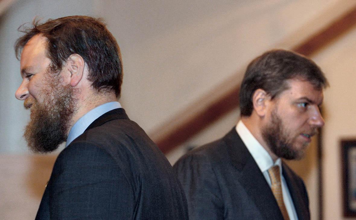 СМИ назвали отведенный братьям Ананьевым срок на продажу «Возрождения»