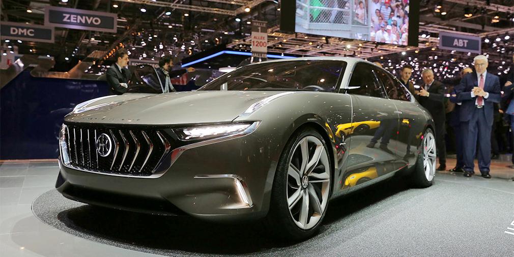 Pininfarina H600  Концепт электрического суперседана длиной 5,2 м итальянцы изготовили по заказу гонконгской компании Hybrid Kinetic Group. Четырехдверка оснащается двумя электромоторами суммарной мощностью около 800 л.с. и имеет запас хода около тысячи километров. Разгон с места до 100 км/ч занимет не более трех секунд. У машины распашные двери, нет центральной стойки, а салон отделан лучшими сортами кожи и дерева.