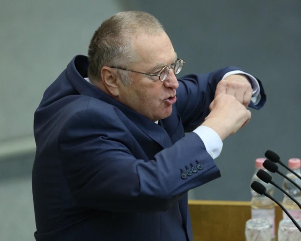 Жириновский предложил однопартийцам заниматься сексом 3 4 раза в год
