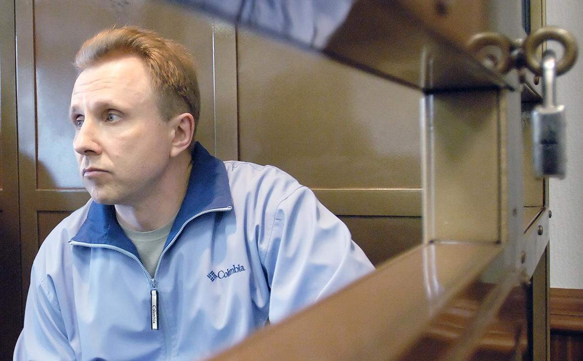 Алексей Пичугин в зале заседания Мосгорсуда.16 мая 2006 года