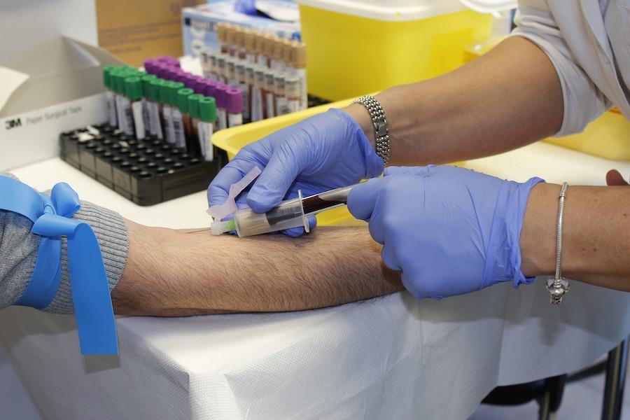 Чипирование людей может вывести здравоохранение на новый уровень