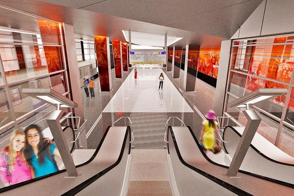 В середине станции расположены эскалаторы, ведущие наверх впересадочную галерею, откудаможно попасть вовременный вестибюль №2