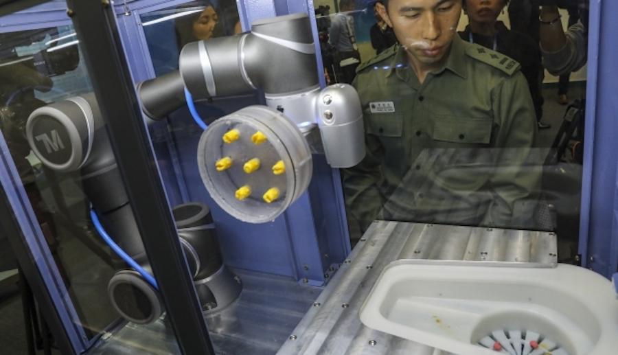 Роботизированная рука для обнаружения наркотиков проходит испытания в тюрьме Pik Uk