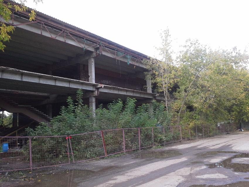 Здания использовались в качестве служебных помещений и складов, которые после пожаров в 1970-е годы были заброшены