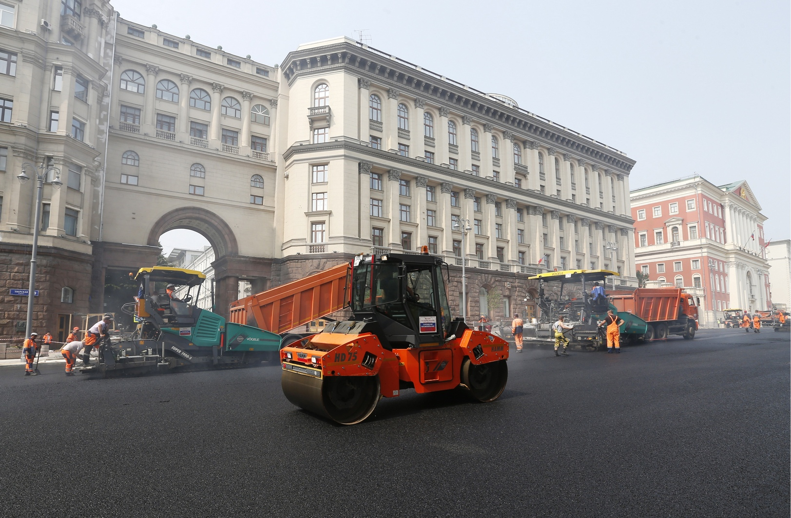 В переулках, примыкающих к Тверской, все переходы будут сделаны в один уровень с тротуаром