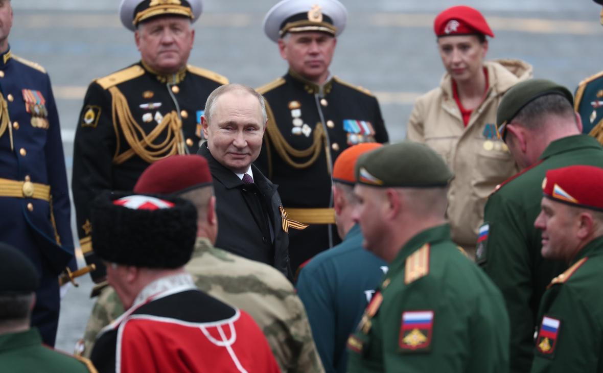 Главком Сухопутных войск сообщил об оценке парада Победы Путиным и Шойгу
