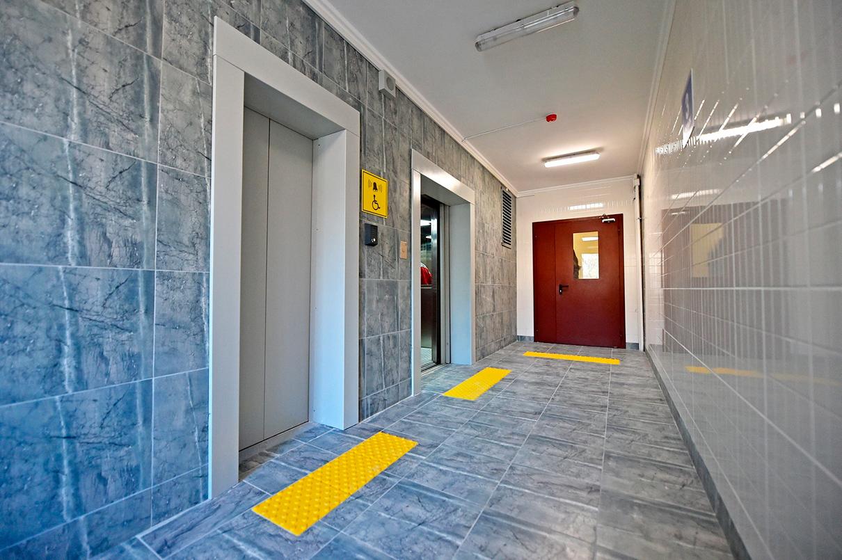 Лифт на первом этаже