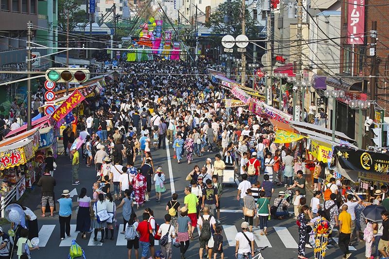 Как живут китайцы и чему у них можно научиться (а чему не стоит) :: Жизнь  :: РБК Стиль