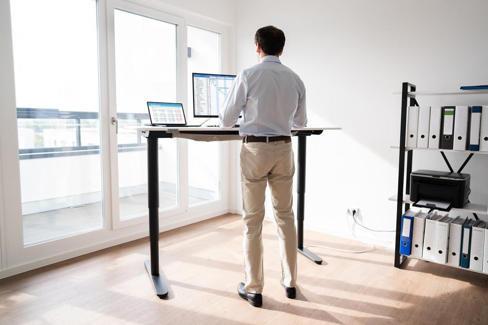 Высокий стол для работы стоя