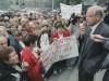 Виктор Черепков во время выступления на акции протеста медиков во Владивостоке. 1998 год