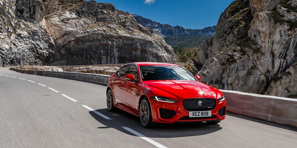 Тяга к прекрасному. Тест-драйв Jaguar XE и F-Pace SVR
