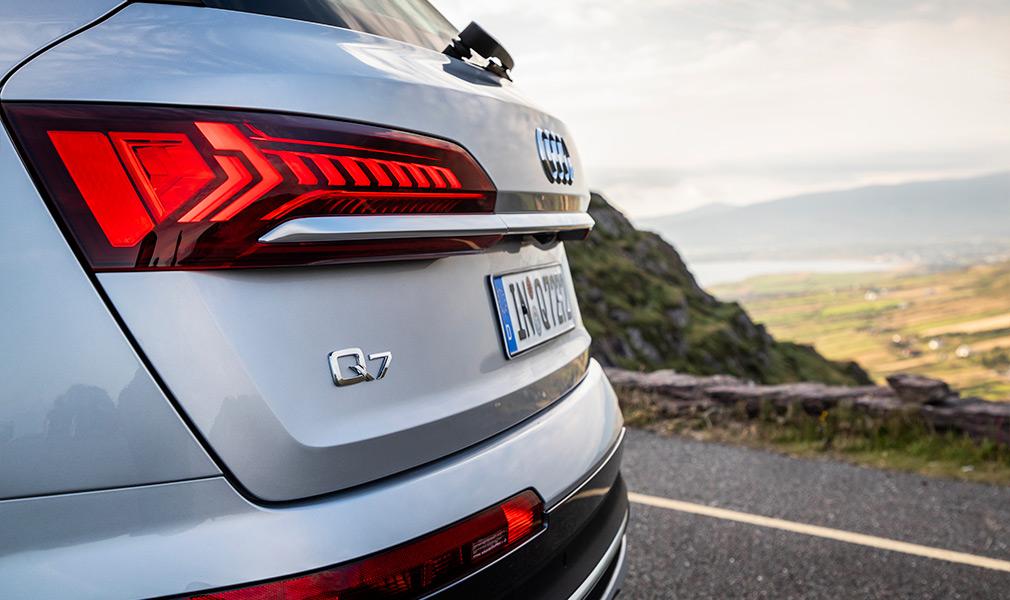 На краю радуги. Тест-драйв Audi Q7