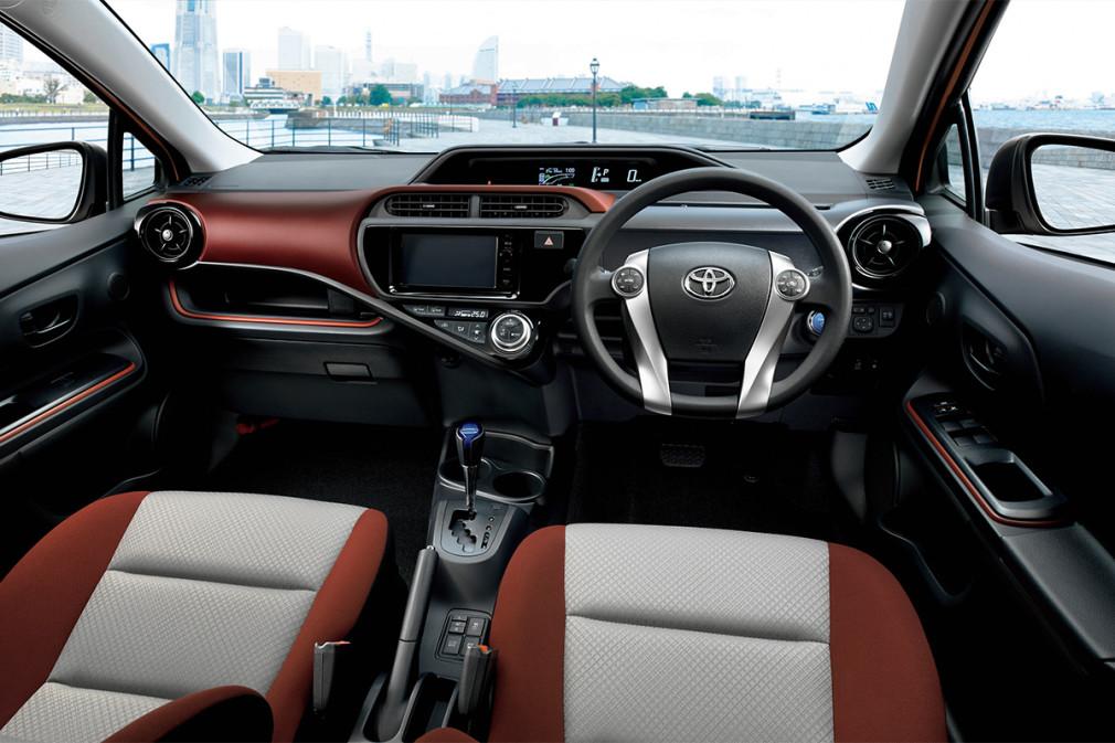 Отзывы владельцев Toyota Aqua (Тойота Аква) с ФОТО