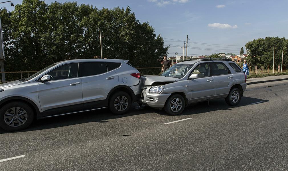 Как автомобилистов подставляют на дороге