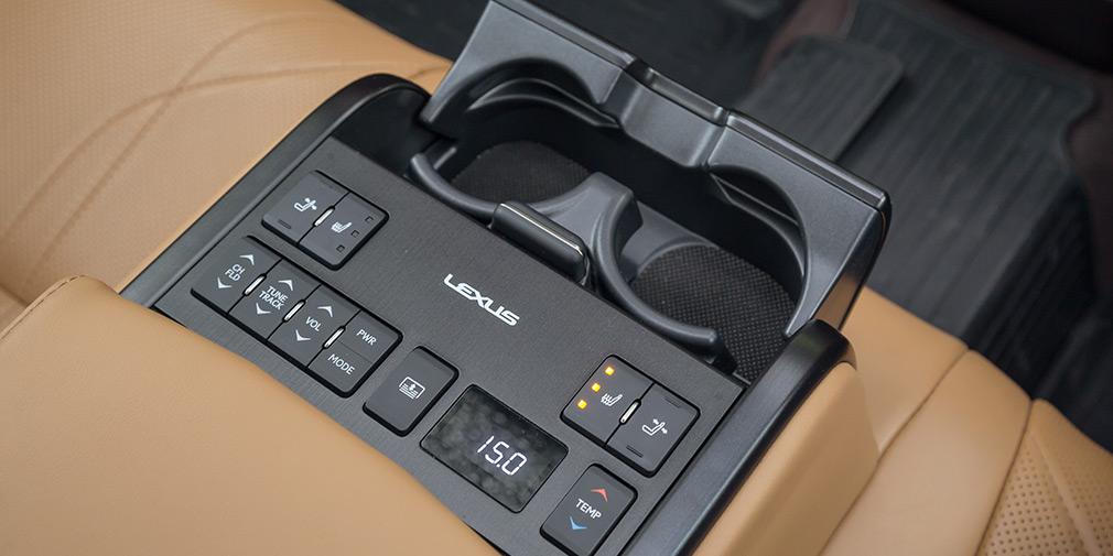 Феномен комфорта. Три мнения о Lexus ES