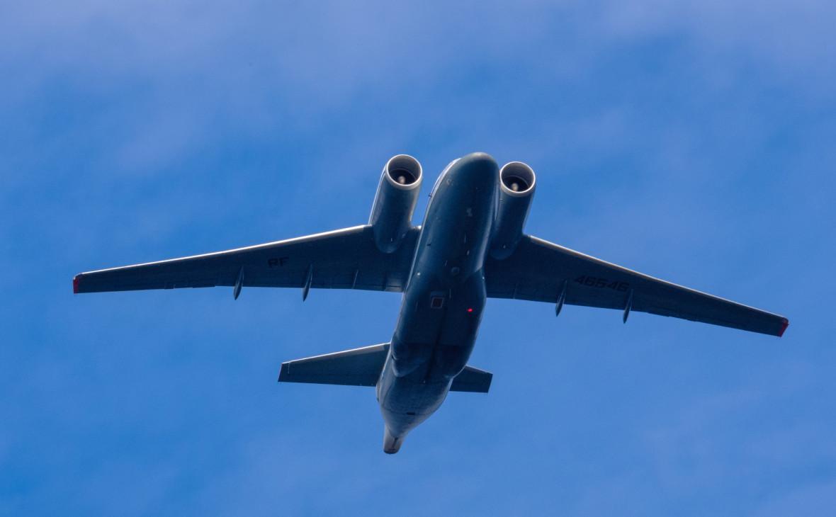 Военный самолет Ан-72
