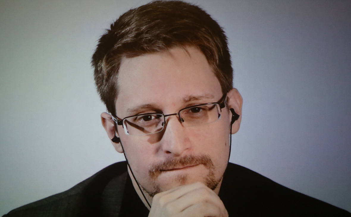 Сноуден решил получить российское гражданство