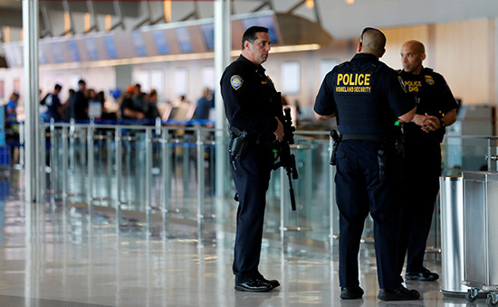 Офицеры полиции США