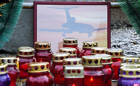 Свечи от жителей города Сочи жертвам авиакатастрофы
