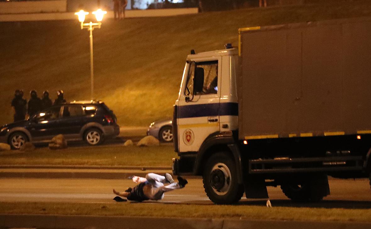 Правозащитники сообщили о погибшем и раненых при столкновениях в Минске