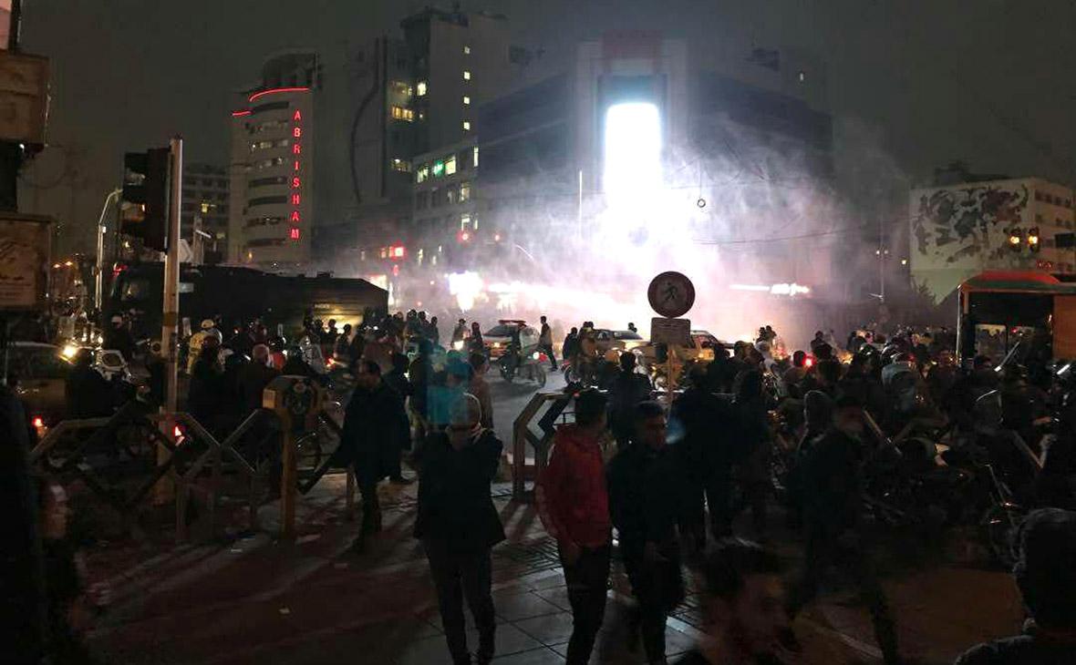 Акция протеста в Тегеране. 31 декабря 2017 года
