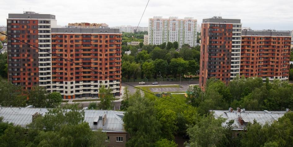 Новые многоквартирные дома на улице Летчика Бабушкина, которые построены в рамках программы реновации жилищного фонда столицы