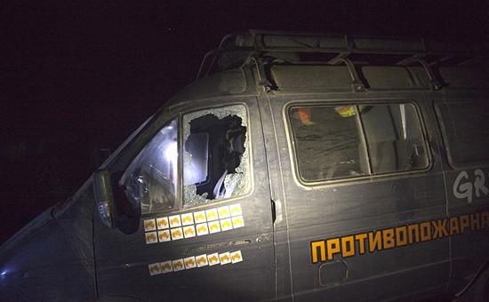 Автомобиль пожарных-добровольцев в Краснодарском крае после нападения