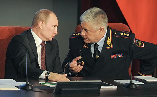 Президент России Владимир Путин иглава МВД Владимир Колокольцев. Март 2014 года