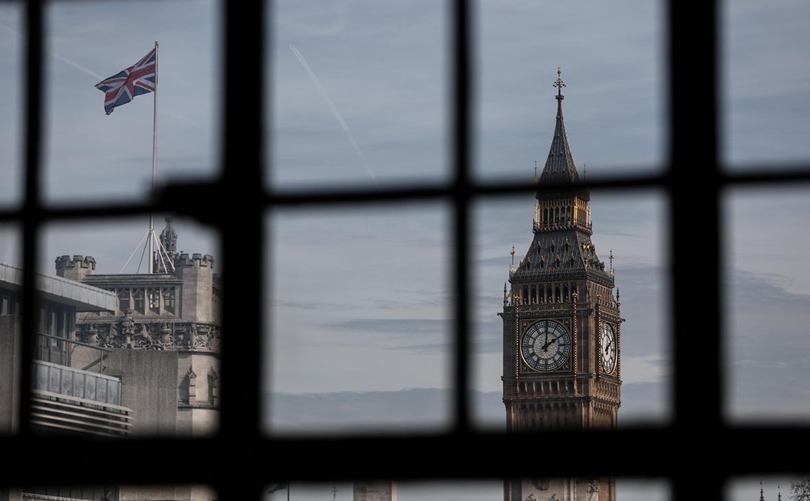 Британия засекретила причины отказа от финансового автообмена с Россией
