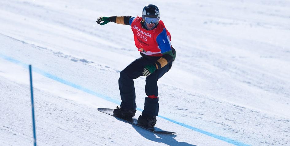 Российский сноубордист перенес операцию после падения на Олимпиаде