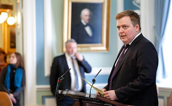 Премьер-министр Исландии Сигмундур Давид Гуннлёйгссон
