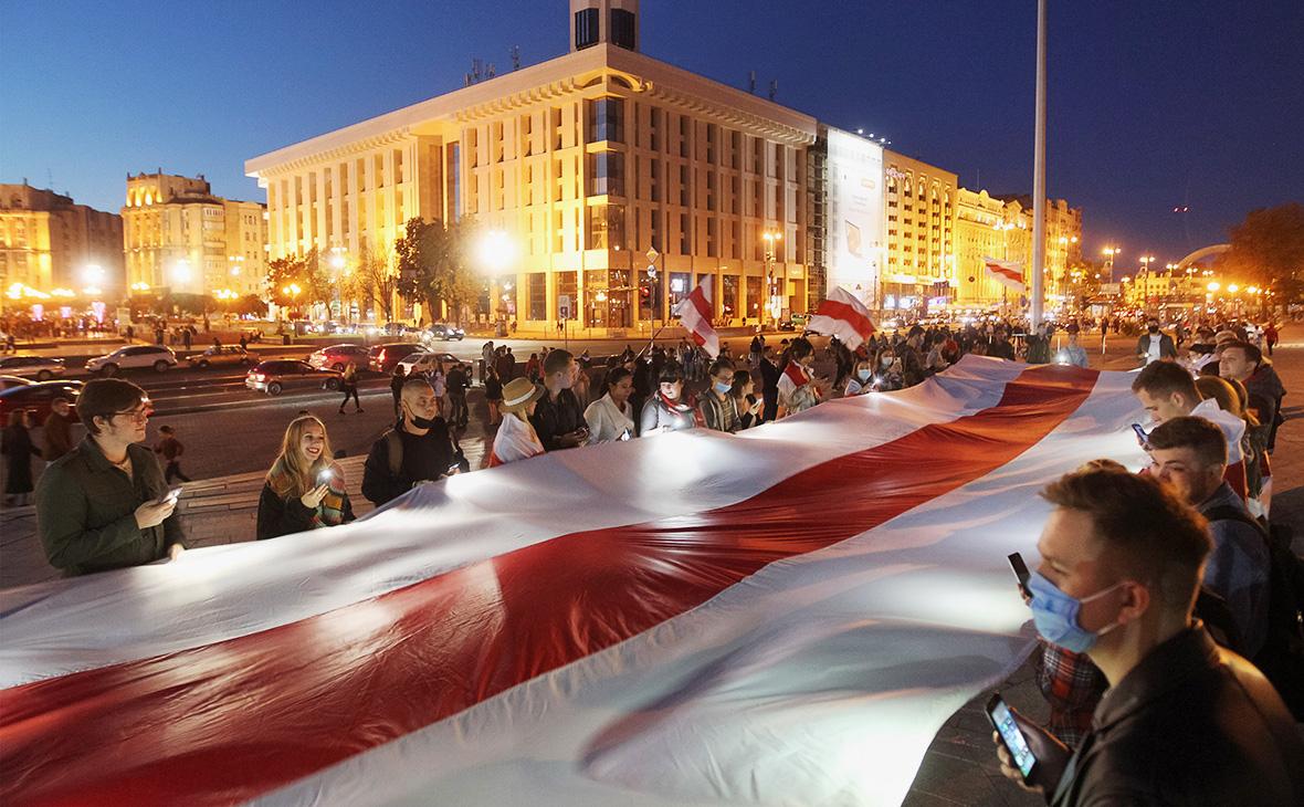 Акция в поддержку белорусских протестующих, Киев, Украина