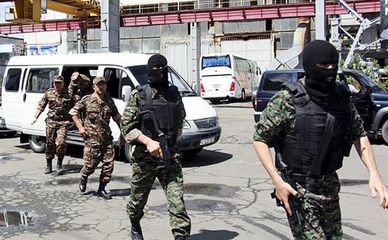 Сотрудники Службы национальной безопасности Узбекистана