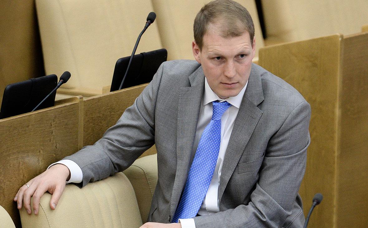Бывший депутат Госдумы Шлегель подтвердил отстранение от работы в ФРГ