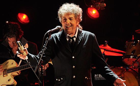 Лауреат Нобелевской премии политературе музыкант Боб Дилан