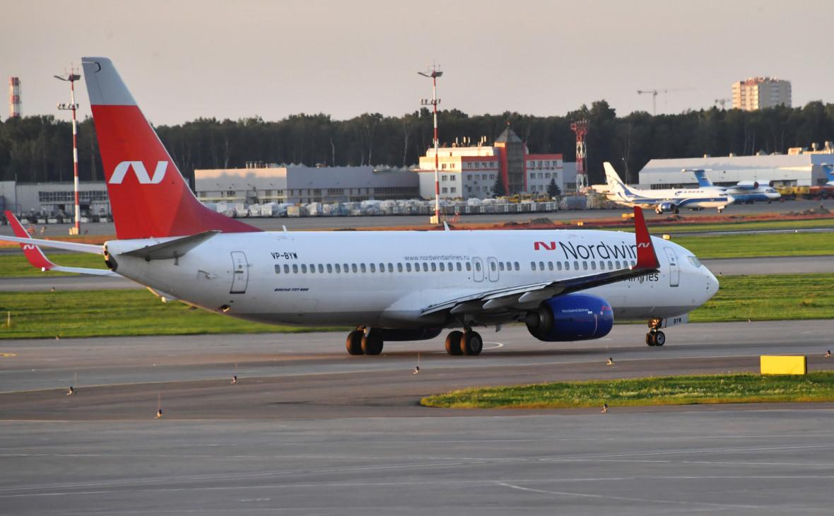 В Оренбурге совершил жесткую посадку лайнер Boeing 737