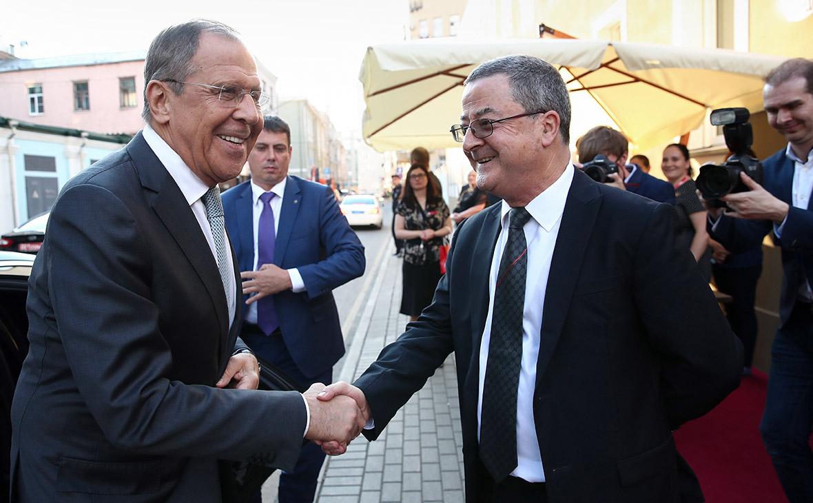 Лавров посоветовал послу Швейцарии поговорку про волков на случай санкций