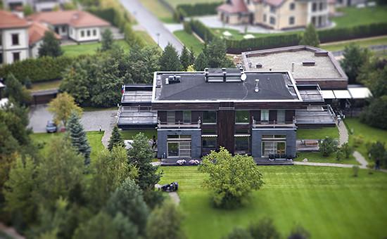 Дом, который, как утверждает ФБК, принадлежит супруге пресс-секретаря президента Татьяне Навке