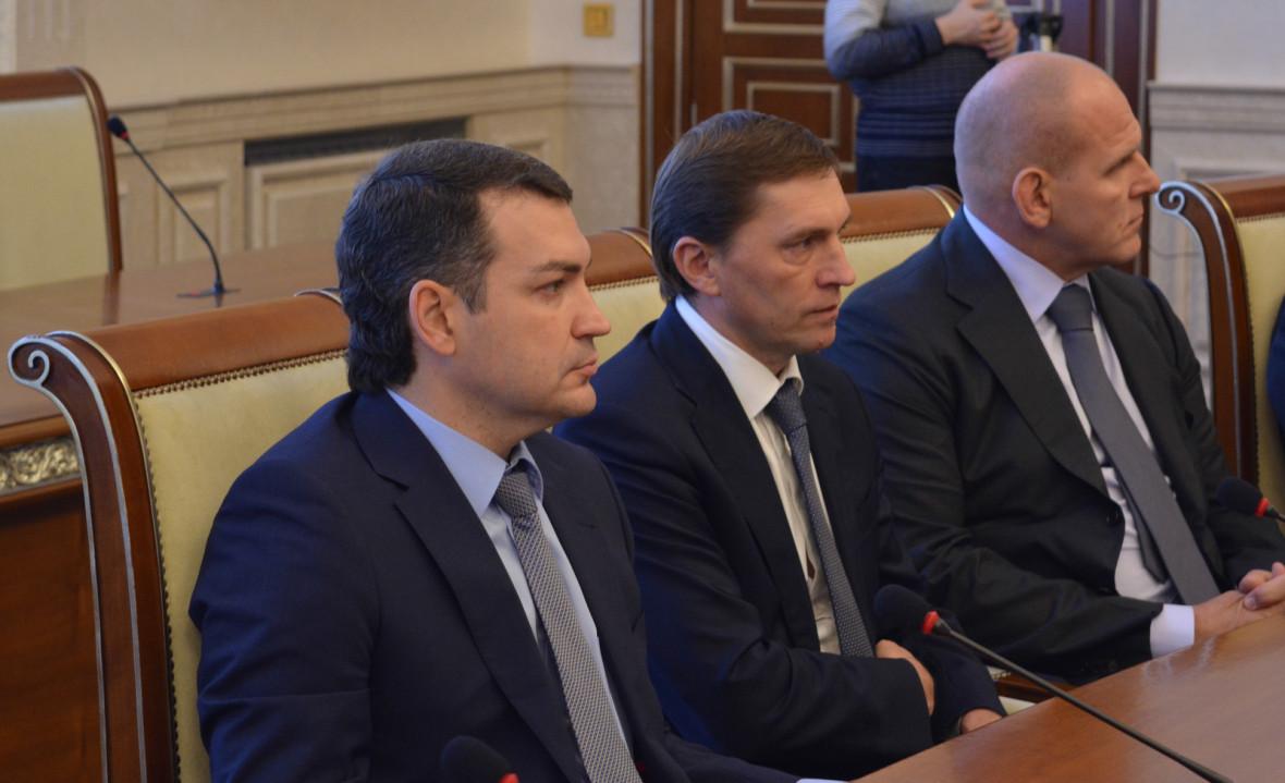 Слева направо: Максим Кудрявцев, Виктор Игнатов, Александр Карелин