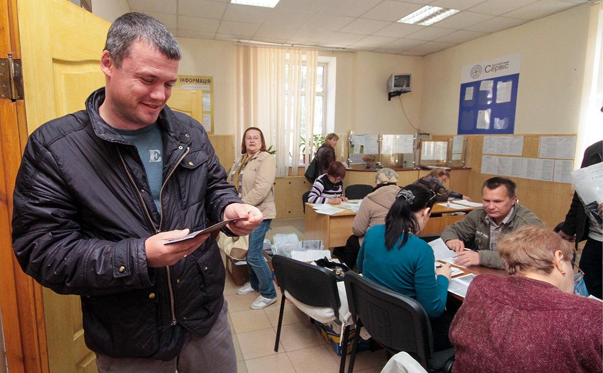 МВД объяснило порядок получения российских паспортов жителям ДНР и ЛНР
